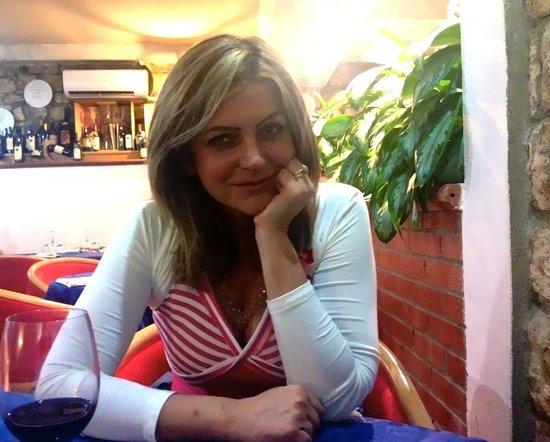 """Ristorante Hostaria Il Buco: Alessandra Mazzilli - 22 luglio 2014 - c/o """"Il Buco"""""""