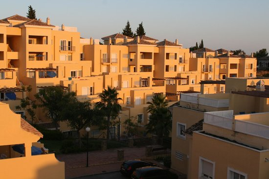 Colina Del Paraiso: Apartments - view from townhouses