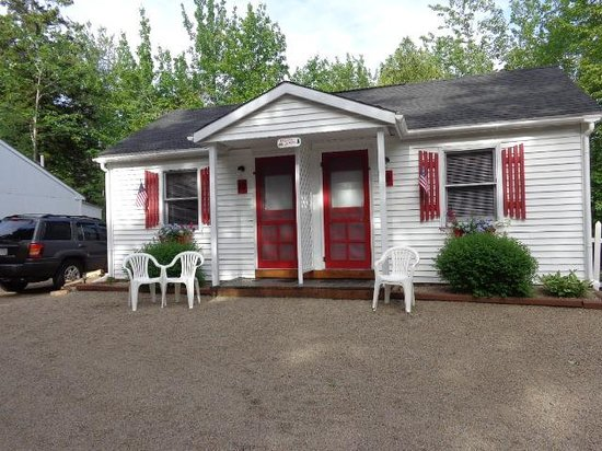 Rose Eden Cottages: Cottage #9 & #10