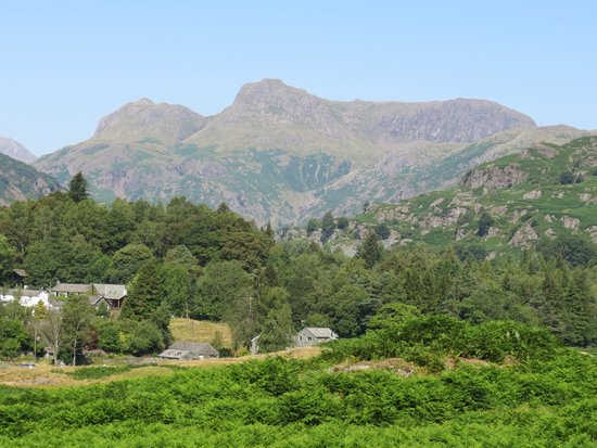 Mountain Goat Tours: Langdale Pikes