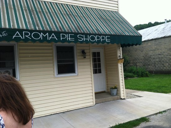 Aroma Pie Shoppe- TEMPORARILY CLOSED: Aroma pie shop front door