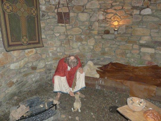 Irish National Heritage Park: Priest
