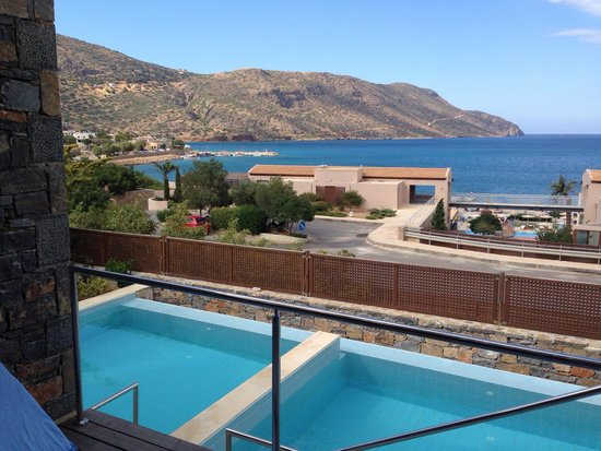 Blue Palace, a Luxury Collection Resort & Spa, Crete : Our pool