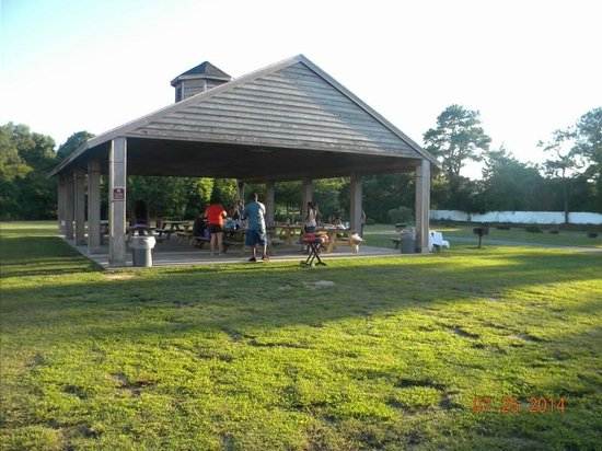 Francis Scott Key Family Resort : BBQ Pavillion