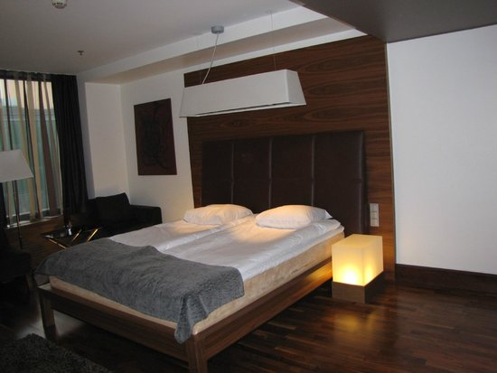 GLO Hotel Kluuvi Helsinki: Bed