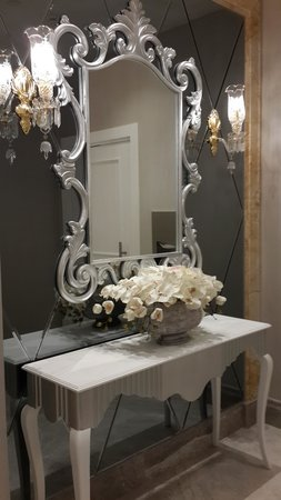 CVK Park Bosphorus Hotel Istanbul : Lobby bathroom