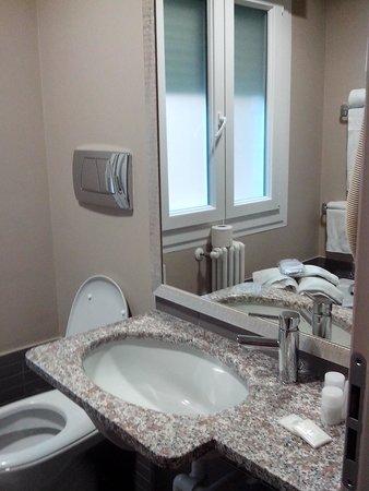 Villa Lalla: il bagno