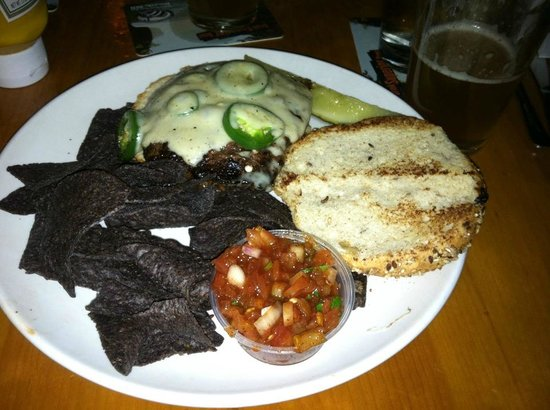 Fitger's Brewhouse Brewery and Grille: Jalapeno burger with a side of chips and salsa