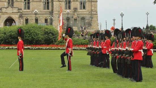 Changing of the Guard: Changing of Guard - salute Colours