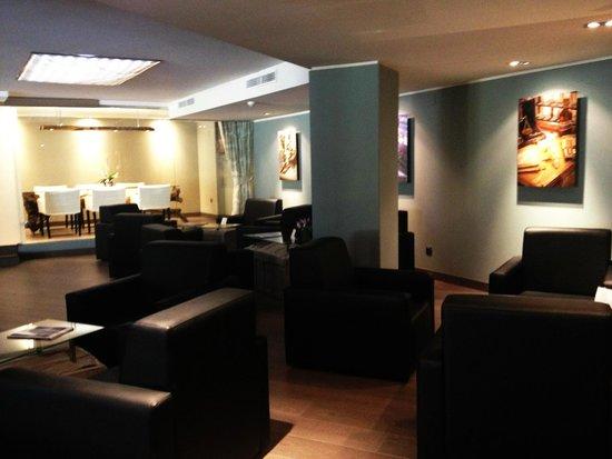 Silken Concordia Hotel: Lobby