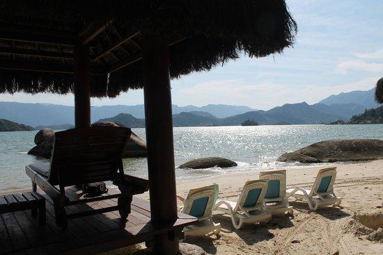 Pestana Angra Hotel: Praia privativa