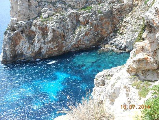Hotel Playa Azul: Nearby walk