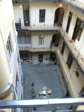 City Hotel Matyas: Gården