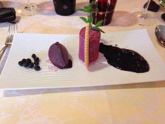 Restaurant A L'Agneau D'Or : Trilogie de myrtilles