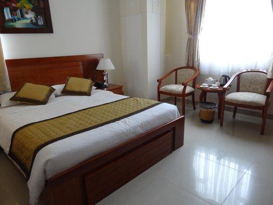 Le Duy Hotel: habitacion