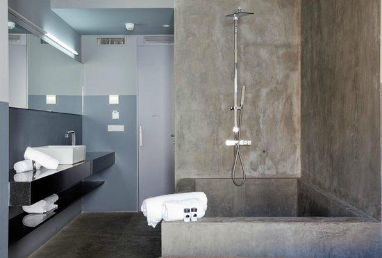 Cosy Rooms Tapineria: Bathroom
