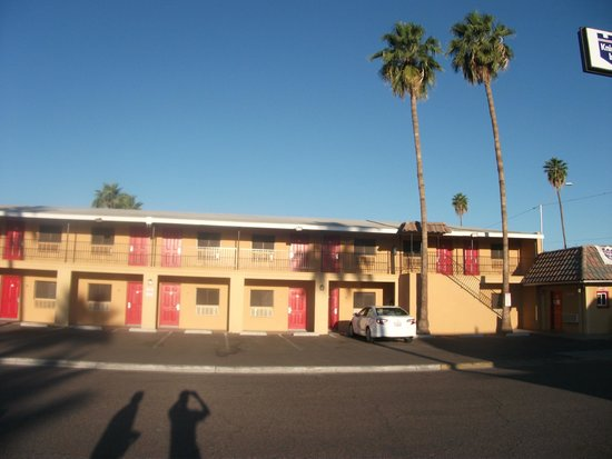 Payless Inn: hotel knights Inn