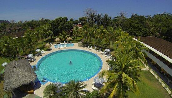 Beach Break Resort Standard Rooms Back Pool
