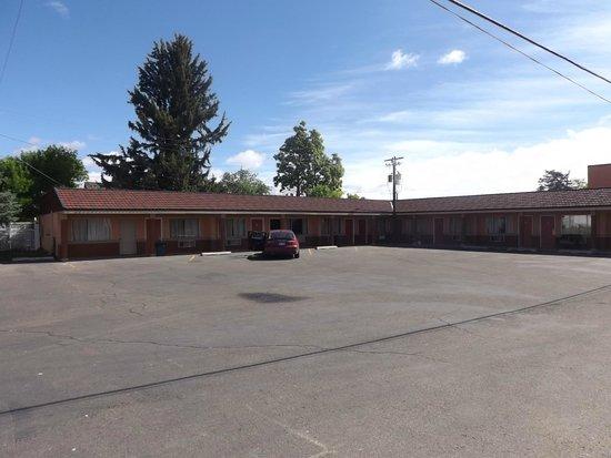 Americas Best Value Inn : motel rooms