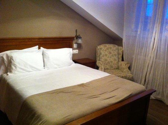 Hotel Casona Naviega: Habitacion
