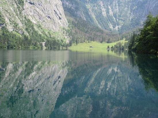 Königssee : mirror reflection