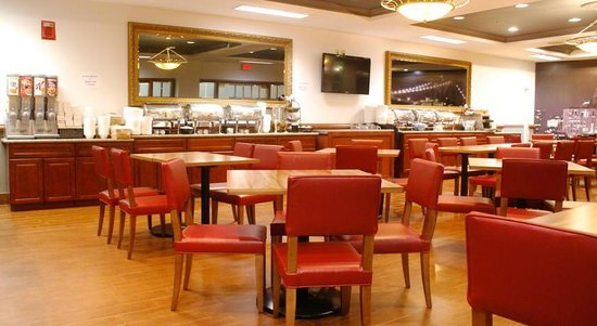 Empire Meadowlands Hotel by Clarion: Bistro