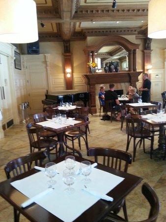Ledson Hotel: Ledson Dining Room