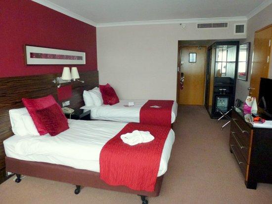 Crowne Plaza Glasgow : Twin room No 1206