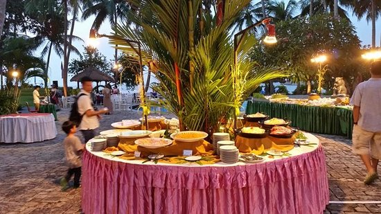 Turi Beach Resort : BBQ Dinner