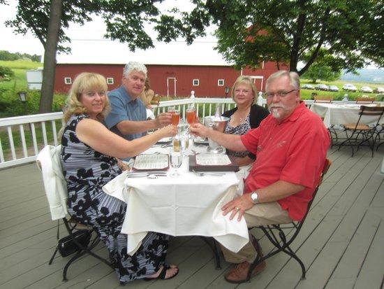 Suzanne Fine Regional Cuisine: Dining on the backyard deck