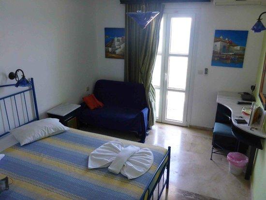 Princessa Riviera Resort: our room