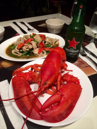 Roselyn: Maine's lobster Thai style