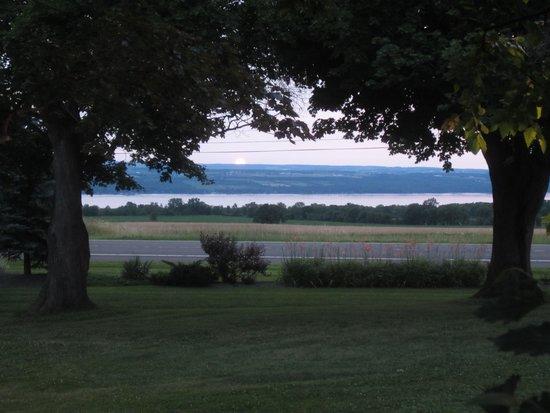 Suzanne Fine Regional Cuisine: Sunset over Seneca Lake
