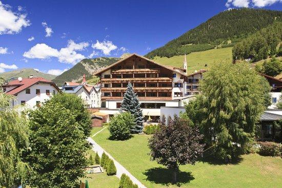 Photo of Hotel Tirolerhof Nauders