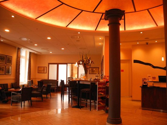 Hotel Schweizerhof Basel : Lobby