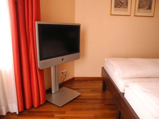 Hotel Schweizerhof Basel: Zimmer