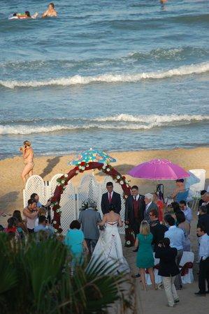 Hotel Meridional: boda en la playa