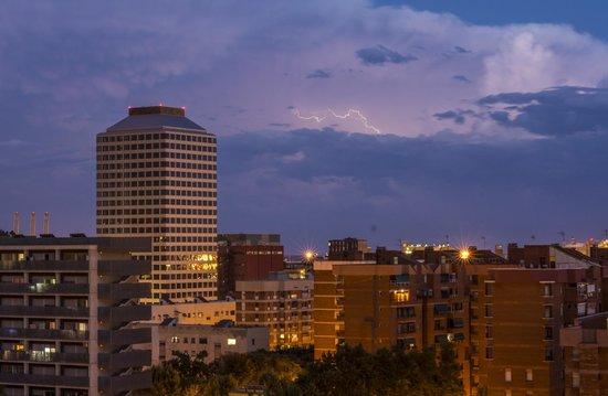 Hotel SB Plaza Europa : Pool terrace - distant storm