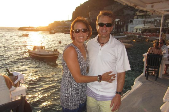 Sunset Ammoudi Taverna: On the dock at Sunset