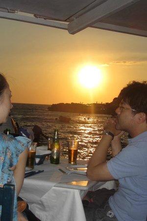 Sunset Ammoudi Taverna: Gorgeous sunset