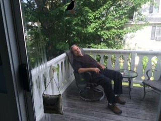 Puffin Inn Bed & Breakfast: Private Deck