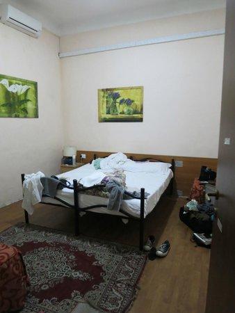 Volturno House Rome : Room