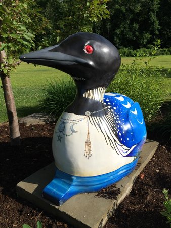Wilton, ME: Loved the painted loon!
