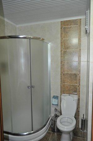 Boomerang Guesthouse Ephesus: Bathroom in the honeymoon suite