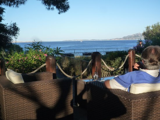 Hotel Capo D'Orso Thalasso & Spa: Drinks before dinner
