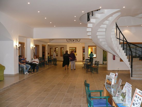 Mitsis Norida Beach Hotel: Einfach einladent !!