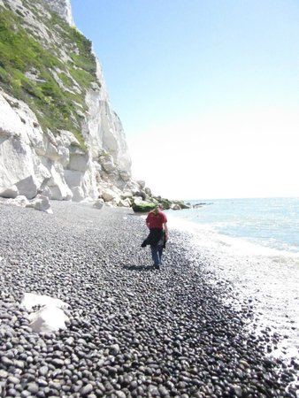 White Cliffs of Dover: Walking the beach