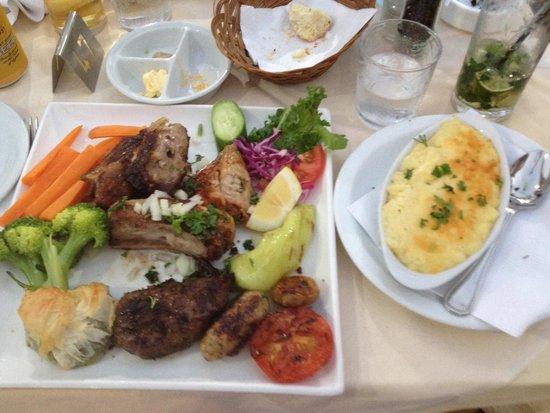 Limelight Taverna : Mixed Grill