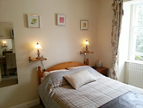 Westcot Bed & Breakfast : 'Crags' Double Room with Ensuite