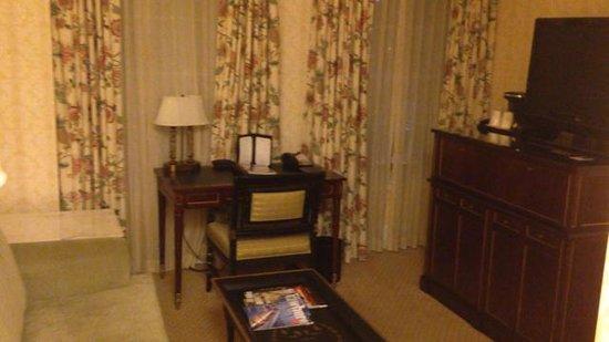 The Fairfax at Embassy Row, Washington, D.C.: Living Room